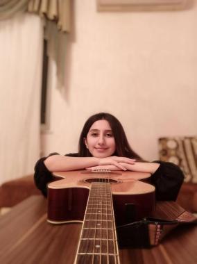 Musiqi müəllimi - Leyla Gerayzade