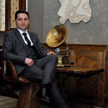Satiş meneceri - Serxan Memmedov